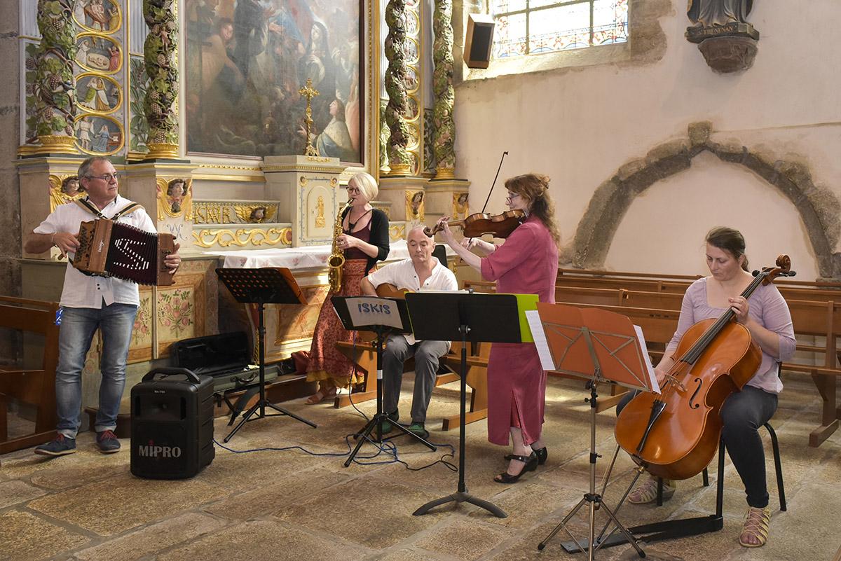 mariage église de Plabennec